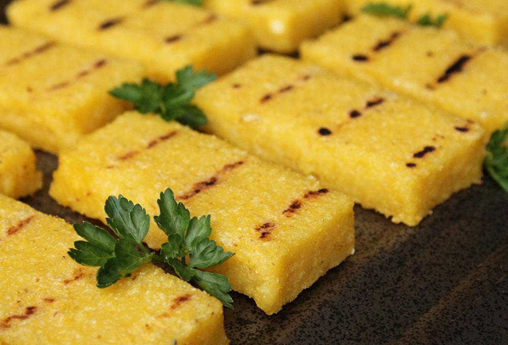 Il piatto bergamasco per eccellenza: la polenta